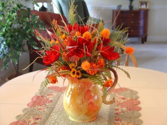 Flower arrangement ideas entertaining fall pinterest for Fall fake flower arrangement ideas
