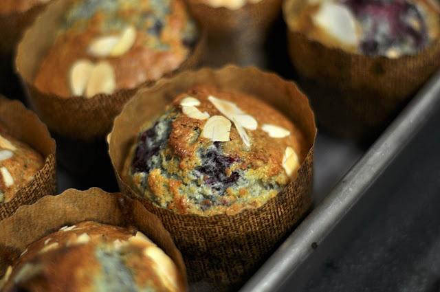 Blackberries-coconut muffins | yummy | Pinterest