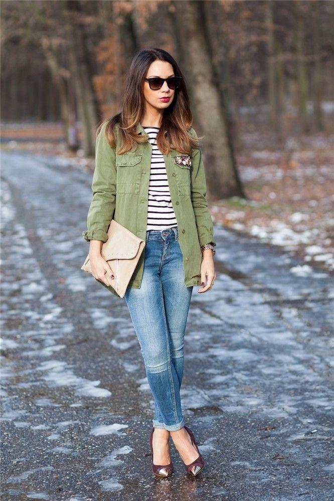 La mejor moda bloguera de la semana: rayas marineras http://www.guiasdemujer.es/st/uncategorized/La-mejor-moda-bloguera-de-la-semana-rayas-marineras-4893