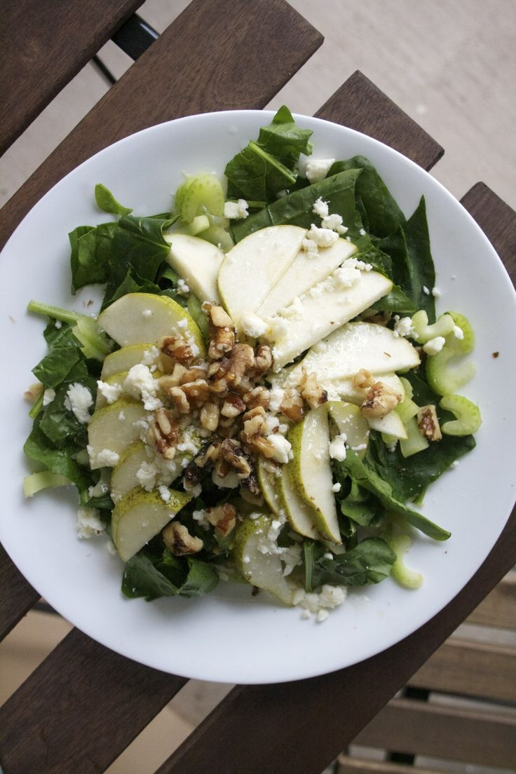 Pear Spinach Dinner Salad | Salads | Pinterest