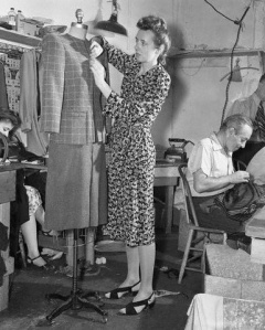 Claire McCardell at work   #vintage