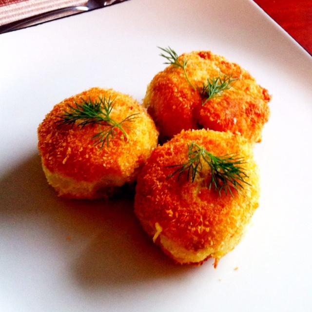 crispy potato cakes   For the Home   Pinterest