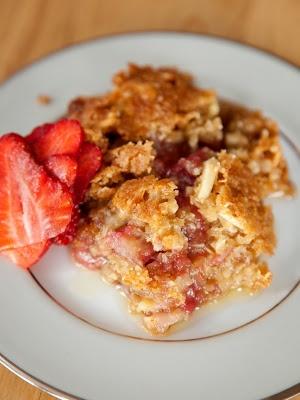 Strawberry Rhubarb Crisp | summertime treats | Pinterest