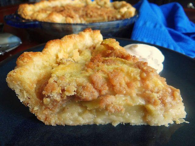 Brown Butter Creamy Apple Pie | Being a Bear Photos | Pinterest