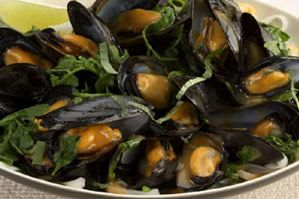 Thai Red Curry Mussels | Recipes | Pinterest