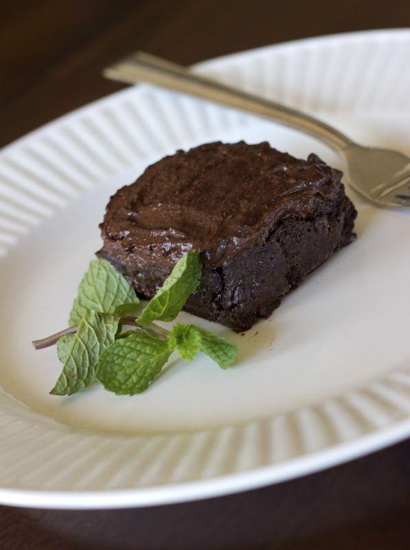 Flourless Chocolate Devil's Food Cake - Vegan Chocolate Cake