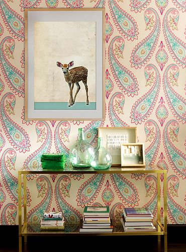 WOW absolutely love this #wallpaper! Perfect accent wall for a girls Bedroom