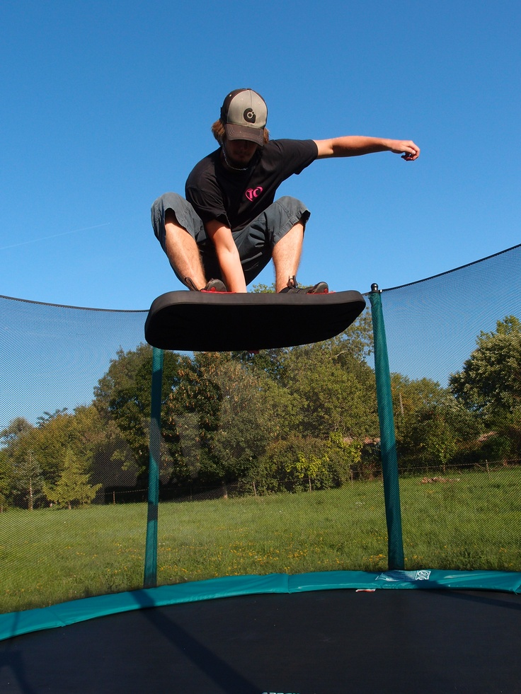 trick snowboard trampoline boarding pinterest. Black Bedroom Furniture Sets. Home Design Ideas