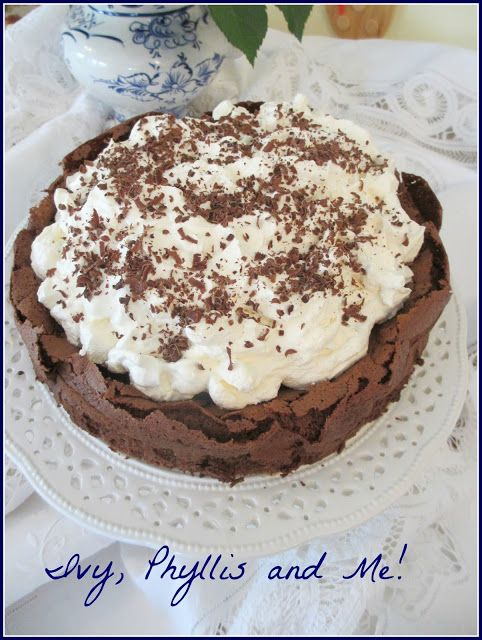 CHOCOLATE CLOUD CAKE | I Want to Go to There | Pinterest