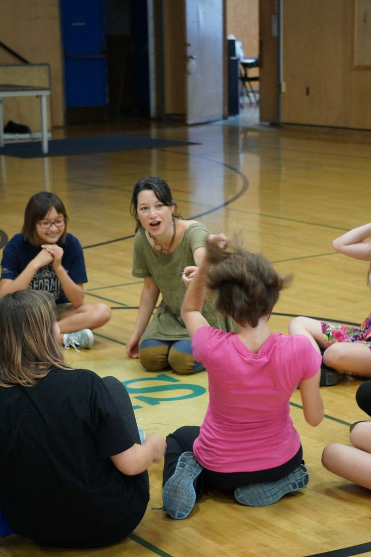 Erika Chong Shuch's master dance class for the Conservatory. Photo by Jay Yamada.