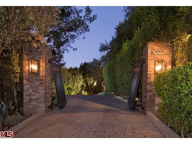 Pin by diane patterson on estate ideas pinterest for Zillow com los angeles