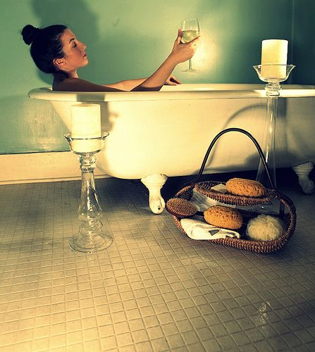 Pamper yourself this holiday season with these great DIY Spa Treatments!!!!