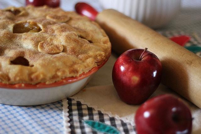 Ginger spice apple | Hefty-Happy Appetite | Pinterest