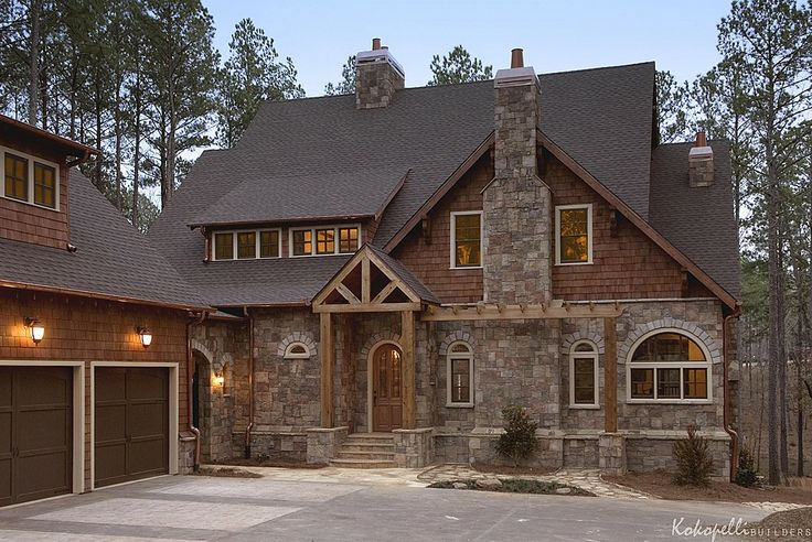 Shingles beams two different colors house exterior for Zillow home design