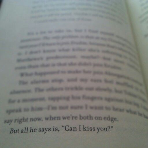 Allegiant Tobias And Tris Kiss Veronica Roth