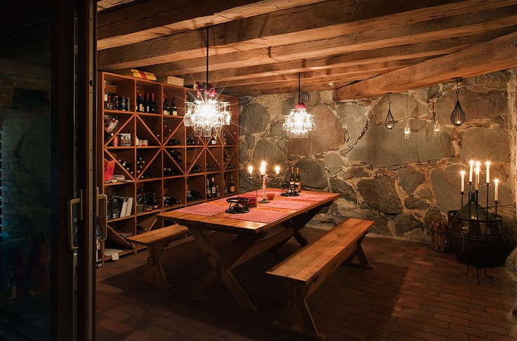 Pin by heidi on home basement wine cellar pinterest - Bodegas rusticas caseras ...