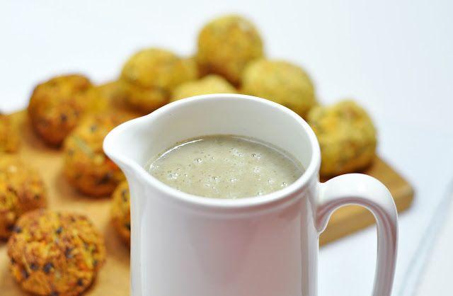 Creamy herb mushroom gravy for Lentil and Rosemary Balls