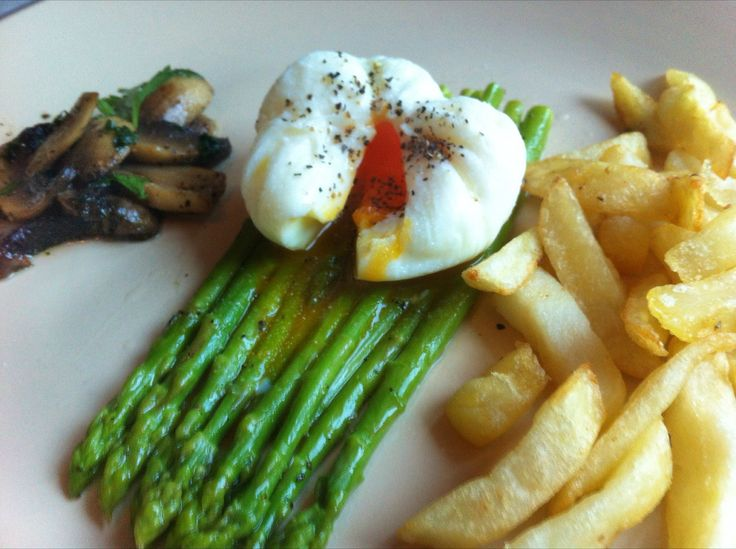 How to Make Easy Poached Eggs | Recipe