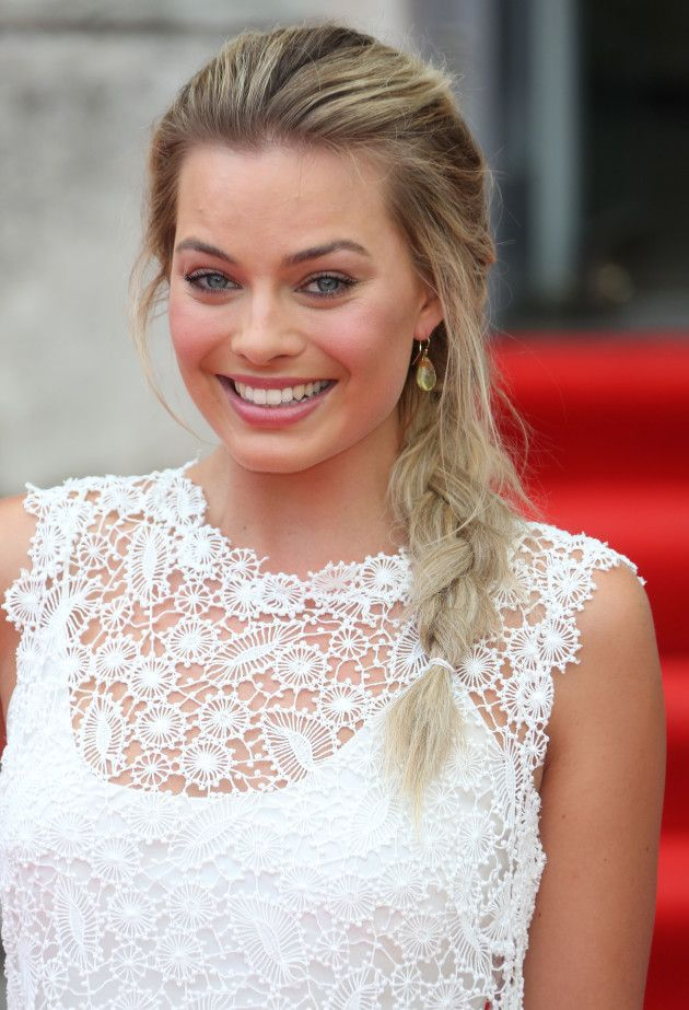 search margot robbie .