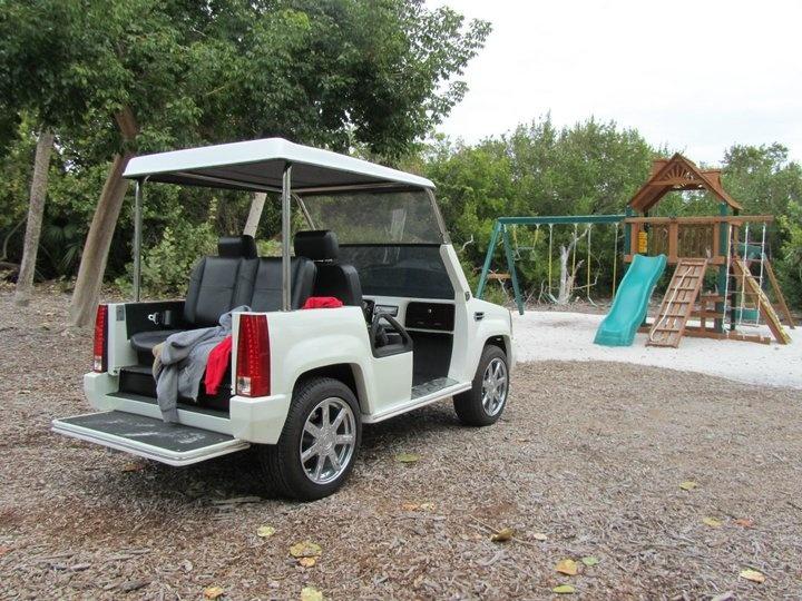 Pink mercedes golf cart for Mercedes benz golf cart