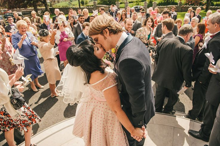 Hairspray and 1960s Inspired Retro Wedding: Louise  Pete