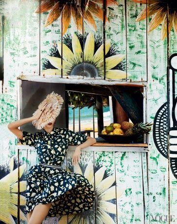 Vogue July 2012 - Karlie Kloss by Mario Testino