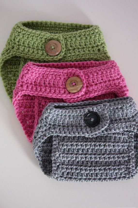 Crochet diaper cover (great for photographing newborns!)