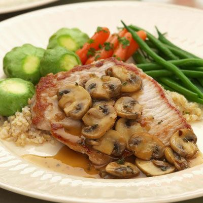 Boneless Pork Chops with Mushrooms and Thyme - I'm making this as we ...