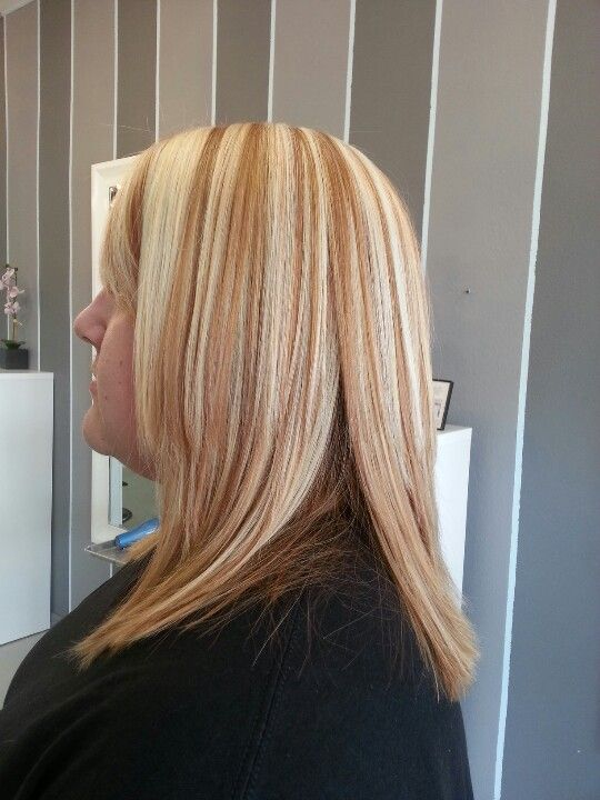 Blonde With Strawberry Blonde Lowlights New Hair Ideas