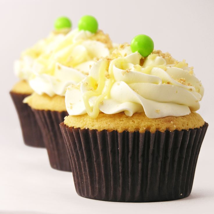 Key Lime Cupcakes! - no eggs with filling