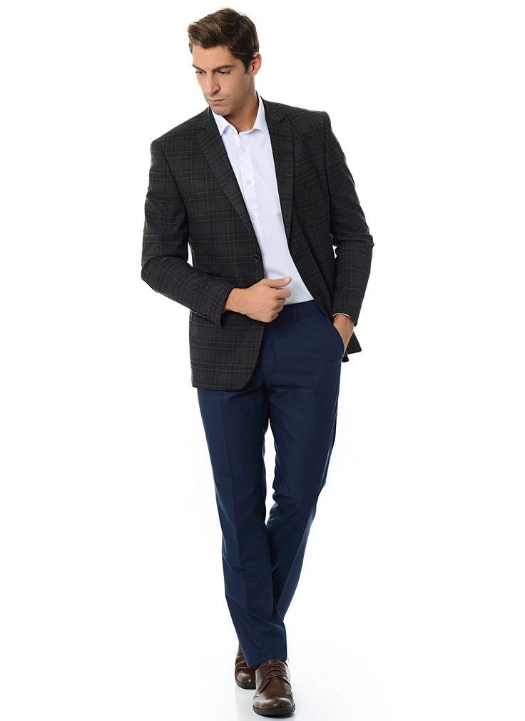 Тёмно синие джинсы с чем носить