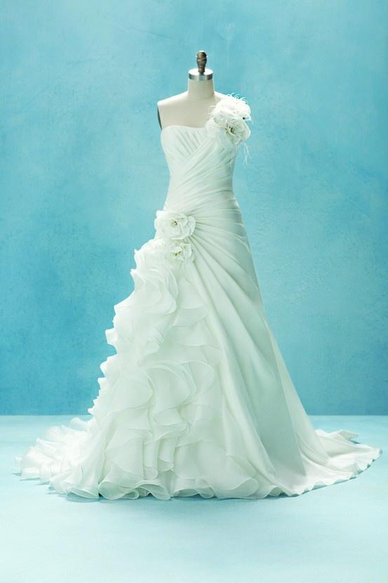 Disney Inspired Wedding Dresses 14