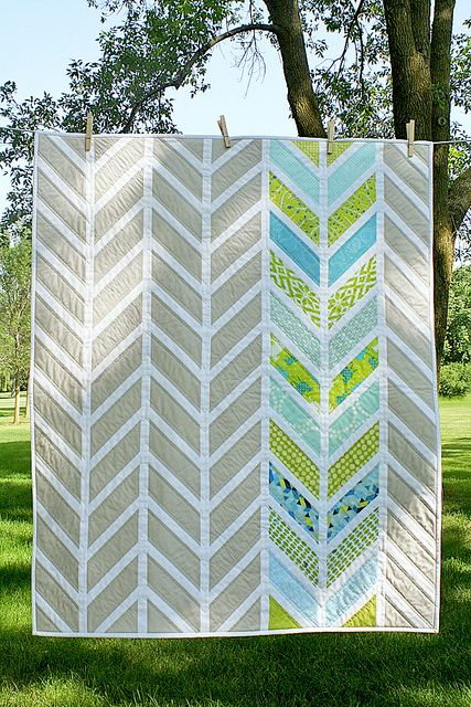 Chevron baby quilt by freshlypieced, via Flickr She states frustrating of piecing due to sew, press, trim; sew, press, trim.  Paper piecing might be faster.  Deciding if it's worth it because I so love this design, she's so talented! This could be an awesome modern Christmas quilt for my house.