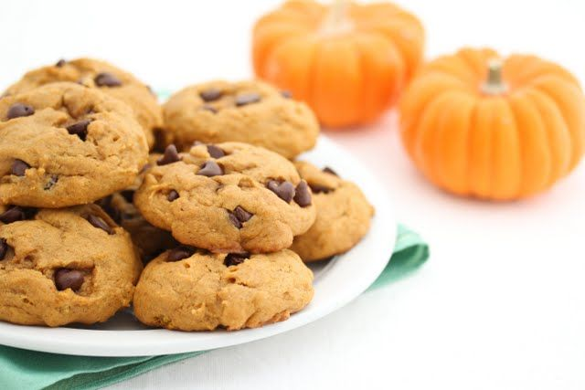 Pumpkin Chocolate Chip Cookies - they needed way more than 10 minutes ...