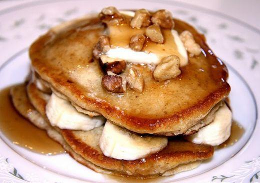 ... House of Pancakes Copycat Recipes: IHOP Banana Nut Pancakes
