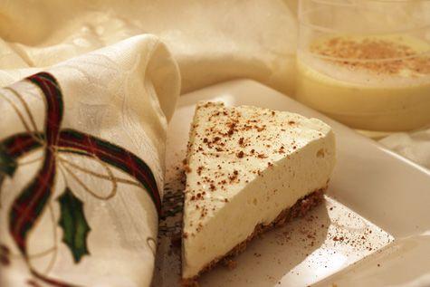 Eggnog Cheesecake | Mason jar desserts | Pinterest
