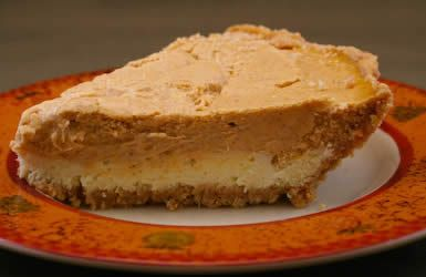 Reduced Sugar Layered Pumpkin Cheesecake for Thanksgiving | Recipe