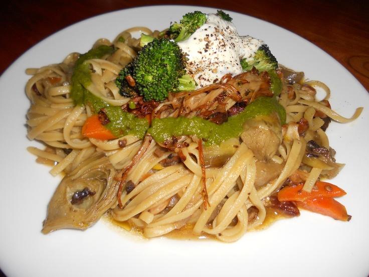roasted garlic cloves, roasted broccoli & marinated enoli mushrooms ...