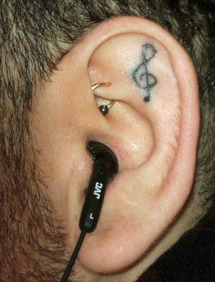 if it could be smaller, i would love this in my ear