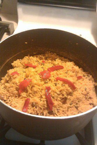 Arroz con Gandules - Yellow Rice with Pigeon Peas - MamásLatinas
