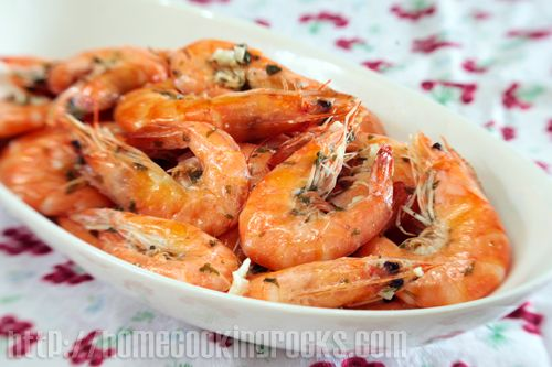 Lemon-Garlic Butter Sauce For Seafood Recipe — Dishmaps
