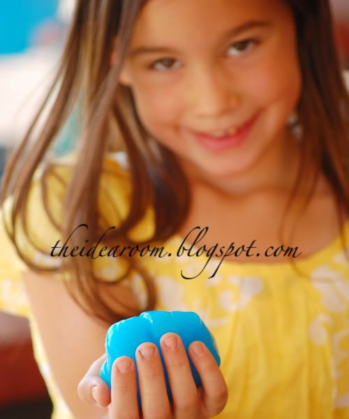 Make Glow-In-The-Dark Slime Video Tutorial and Recipe via Amy Huntley (The Idea Room)
