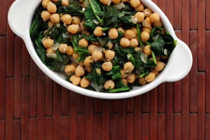 Greek Lemon-Dill Chickpeas with Spinach | Vegan Meals & Sides | Pinte ...