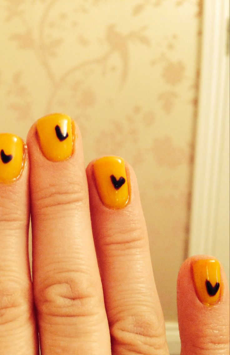 Yellow gel nails with purple heart | Nails | Pinterest