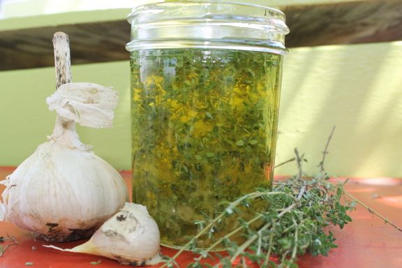 Thyme-Garlic Infused Olive Oil.   flavored olive oil   Pinterest
