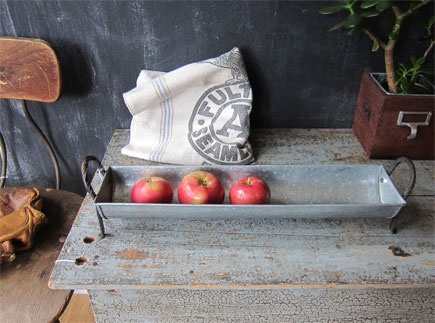 Galvanized Tabletop Baguette Tray