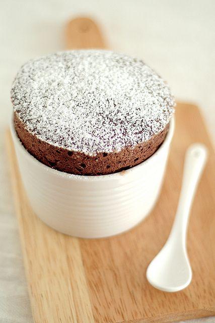 Dark chocolate soufflé | Comida que deseo probar | Pinterest
