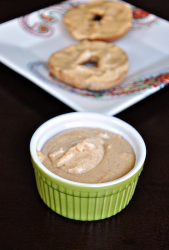 Pumpkin Spice Cream Cheese Spread... my bagels have never been so ...