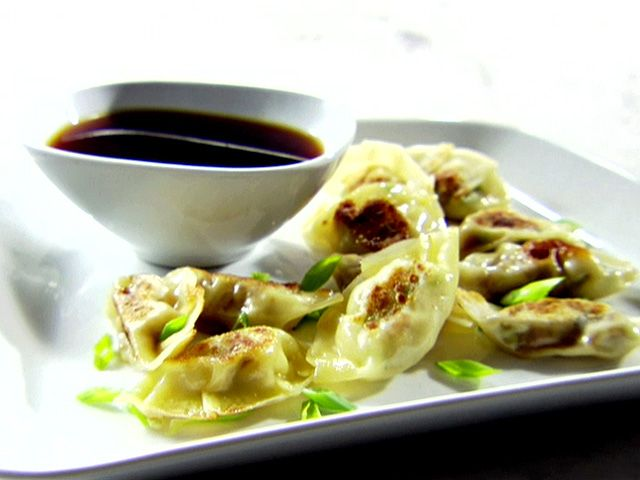 Round 2 Recipe - Chicken Pot Stickers from Sandra Lee Money Saving ...