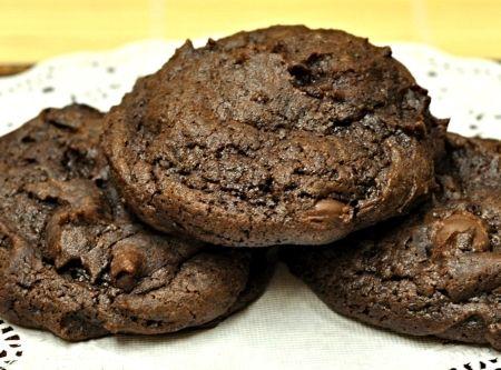 Double Chocolate Chunk Cookies Recipe   Cookies, Bars, Brownies ...